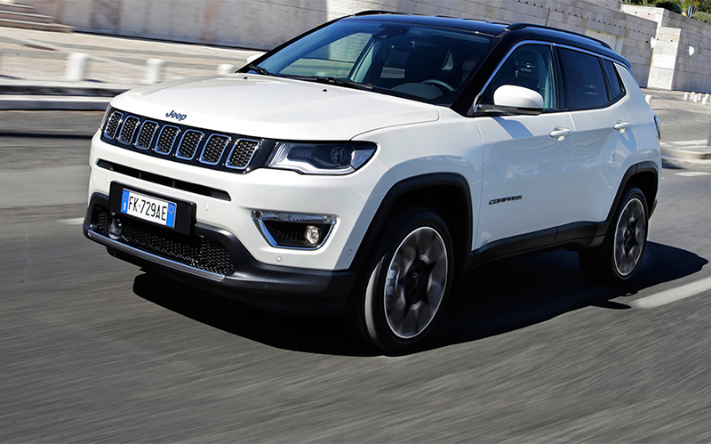 170820_Jeep_Compass-Limited_slider copy